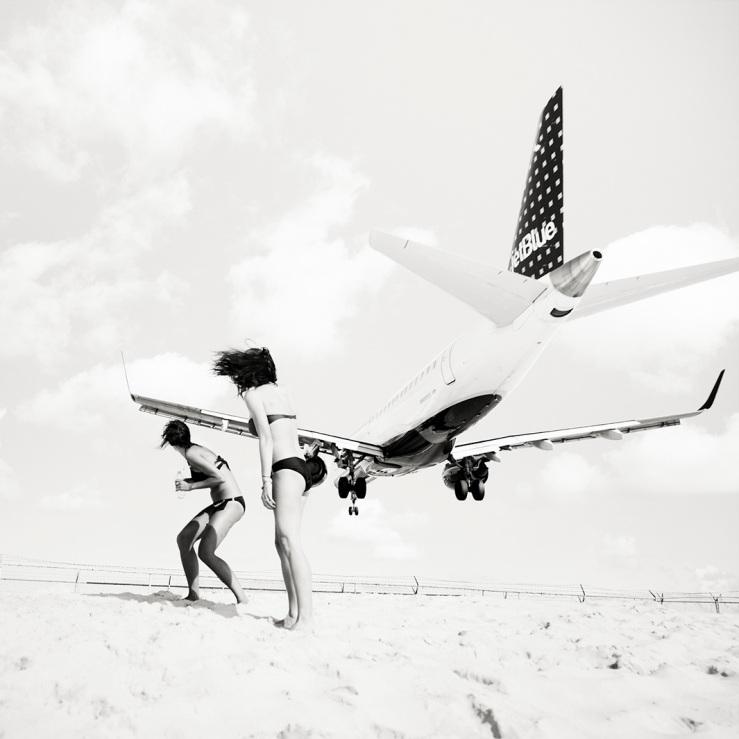 JetBlue Embraer 190, arriving from San Juan.